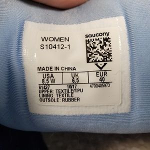 Saucony Shoes - Saucony Womens Hurricane ISO Running Shoe S10412-1